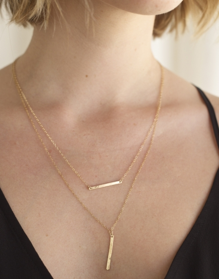 YCL Rectangle Bar Necklace - Model