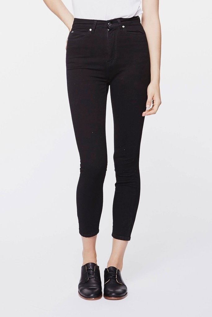 Cropa Cabana Jeans Black Front